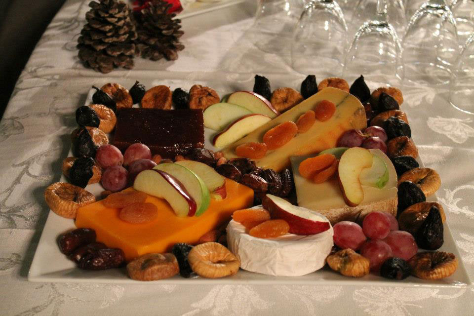 Cheese Platter With Dried Fruit